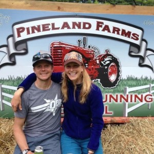 John Spinney and Lindsay Simpson, PIneland Farms trail festival 2014. In 2016 Simpson returned to Pineland Farms to win the Women's 50 Mile Race.